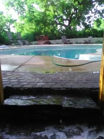 clean poolside